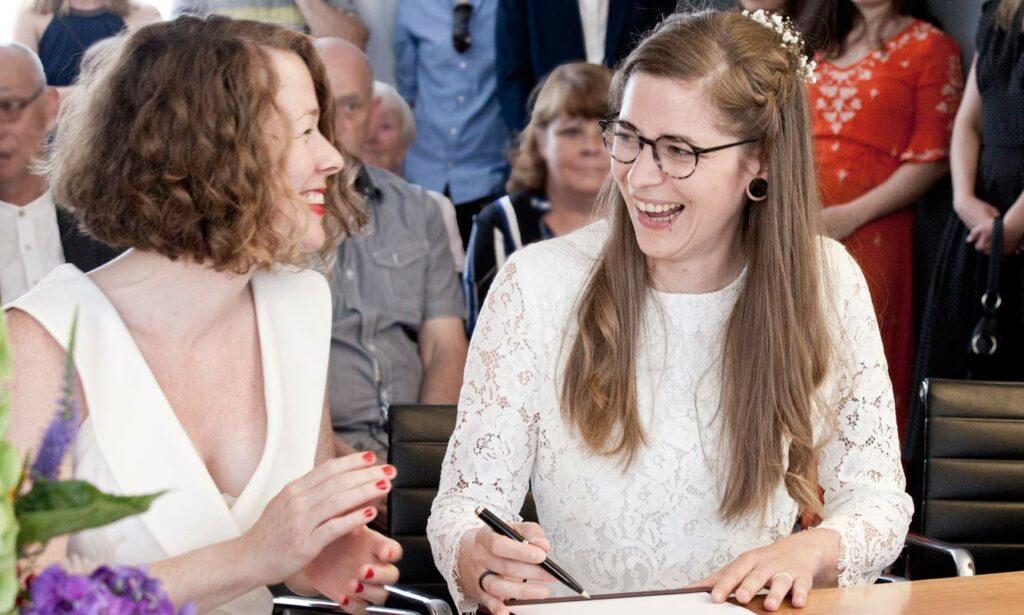 04-Hochzeitsfotograf-Hochzeitsfotografie-Aachen-JuengerFotostudio-Hochzeitsfoto